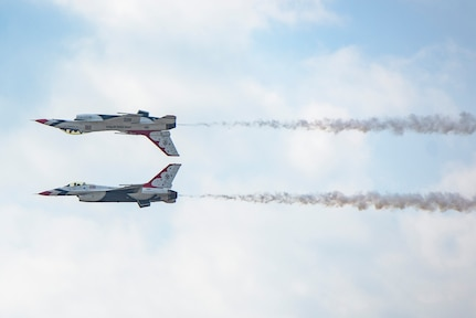 "The U.S. Aerial Demonstration Squadron ""Thunderbirds"" perform at the Joint Base San Antonio Air Show and Open House Nov. 4, 2017, at JBSA-Lackland, Kelly Field. Air Shows allow the Air Force to display the capapbilities of our aircraft to the American Public through aerial demonstration and static displays."