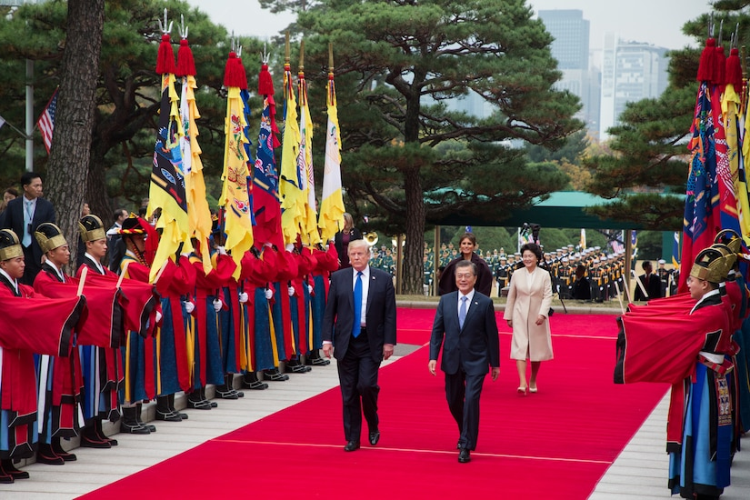 Presidents of the United States and South Korea participate in a welcoming ceremony at the Blue House in Seoul, South Korea