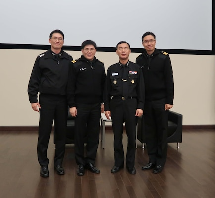 DLA Distribution headquarters hosts Korean Navy