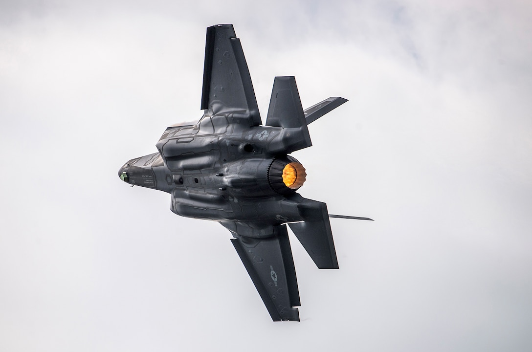 An F-35 Lightning II performs during the 2017 Joint Base San Antonio Air Show and Open House Nov. 4, 2017 at JBSA-Lackland Kelly Field. Air shows allow the U.S. military and civilian demonstration teams to display their capabilities through aerial demonstrations and static displays. (Courtesy photo)
