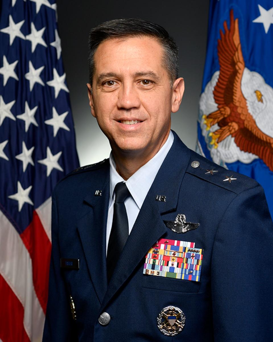 Official portrait -  Maj Gen Michael Taheri