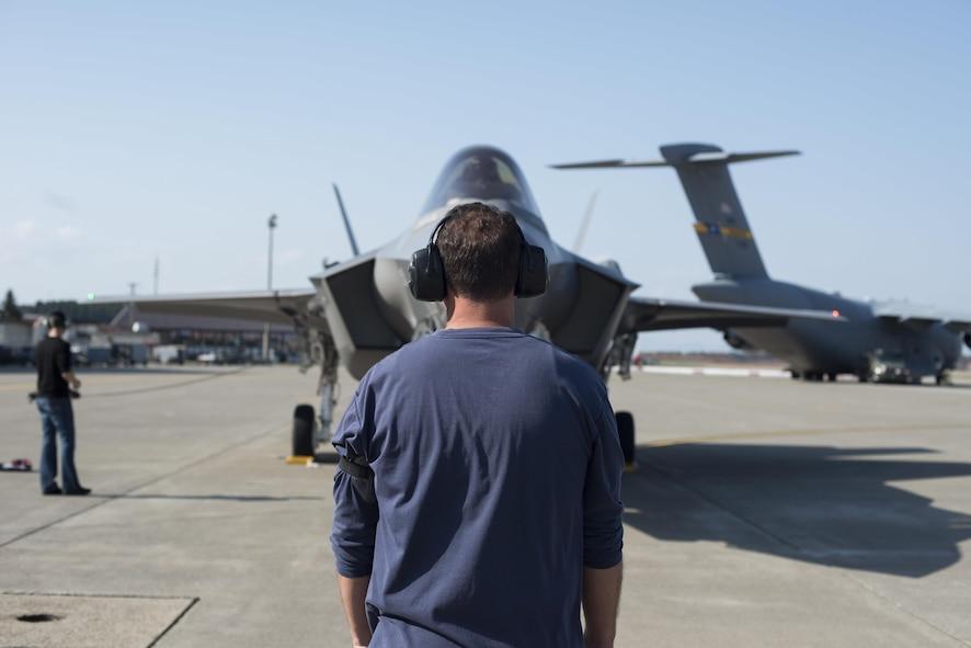 Guiding an F-35A
