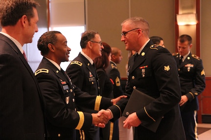 Three 3d MCDS Soldiers graduate from GE Military Externship