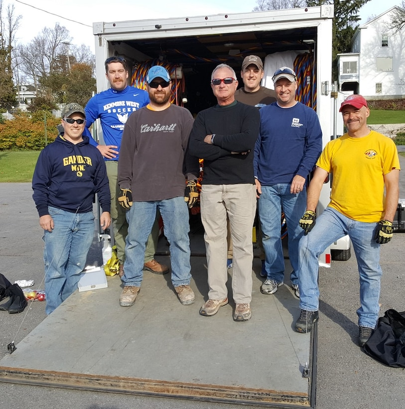 The U.S. Army Corps of Engineers (USACE), Buffalo District Dive Team, accompanied by USACE Detroit District Hydraulic Engineers, traveled north to the St. Lawrence River and installed an Acoustic Doppler Velocity Meter (ADVM) 4-miles upstream of Morristown, New York.