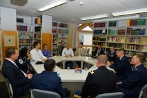 U.S. service members assigned to the 86th Medical Group and Landstuhl Regional Medical Center meet with German medical professionals at Saarland University Medical Center in Homburg, Nov. 9, 2017. The delegates from the 86th MDG and LRMC visited various areas in the facility, which included an emergency room, the pediatrics clinic, the ophthalmology building, and the traumatology unit. (U.S. Air Force photo by Airman 1st Class Joshua Magbanua)