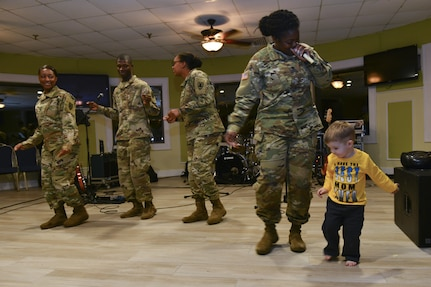 """Fort Eustis' Survivor Outreach Services hosted a """"Thanks for Giving"""" event to let Gold Star families know their sacrifice is not forgotten."""