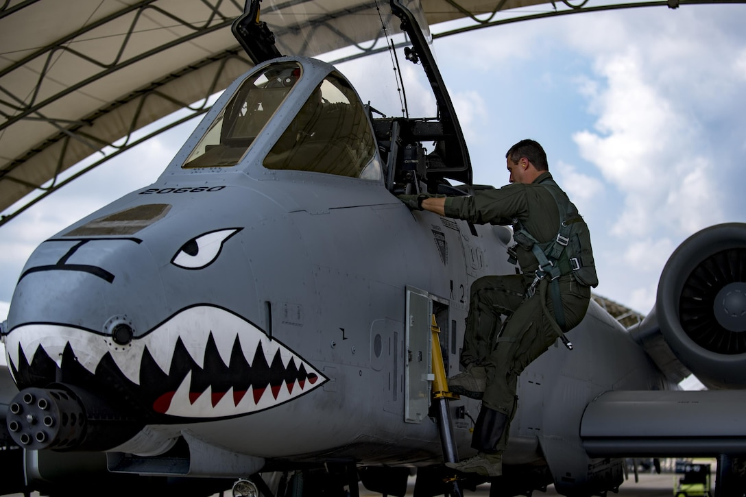 U.S. Air Force Reserve Maj. Matt Paetzhold, 76th Fighter Squadron A-10C Thunderbolt II instructor pilot, climbs aboard an A-10C Thunderbolt II, Sept. 9, 2017, at Moody Air Force Base, Ga. After graduating the Weapons Instructor Course, Paetzhold joined the Airmen who serve as tactical and operational advisors to military leaders at all levels. Due to the relationship between the 75th FS and 76th FS, Paetzhold is slated to deploy as the 75th FSs weapons officer. (U.S. Air Force photo by Senior Airman Daniel Snider)