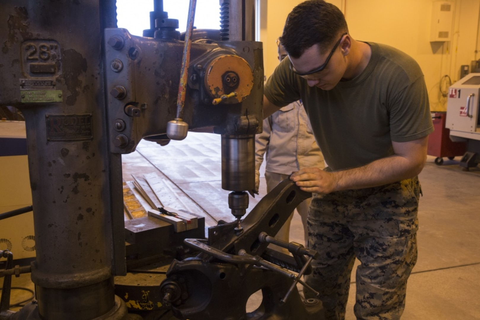 Marines provide manufacturing capabilities to 3rd MLG