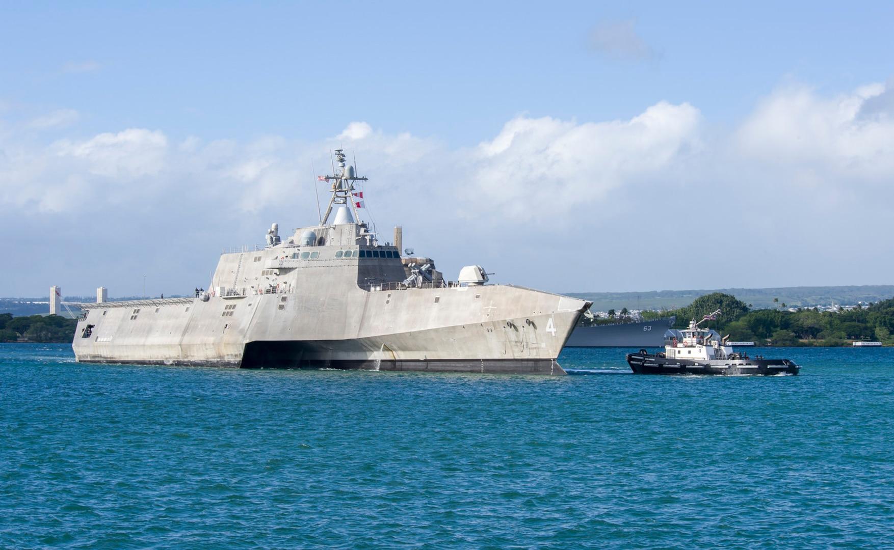USS Coronado arrives in Hawaii for final port call