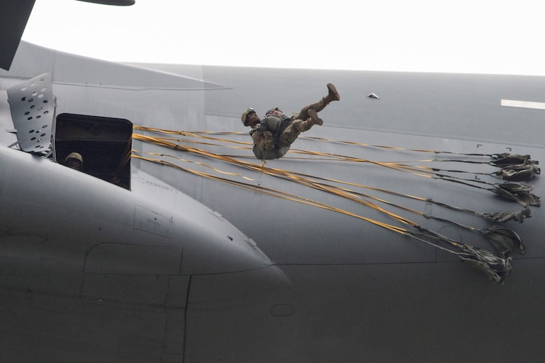 Paratroopers assigned to the 4th Infantry Brigade Combat Team (Airborne), 25th Infantry Division, U.S. Army Alaska, jump from a C-17 Globemaster III out of Joint Base Charleston, while conducting airborne training over Malemute drop zone, Joint Base Elmendorf-Richardson, Alaska, Aug. 24, 2017.