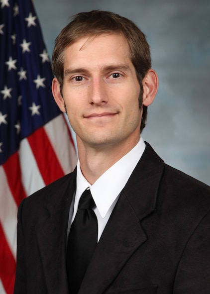 Research physicist John Burke of the Air Force Research Laboratory Space Vehicles Directorate at Kirtland was selected as an Science and Engineering Early Career Award recipient.