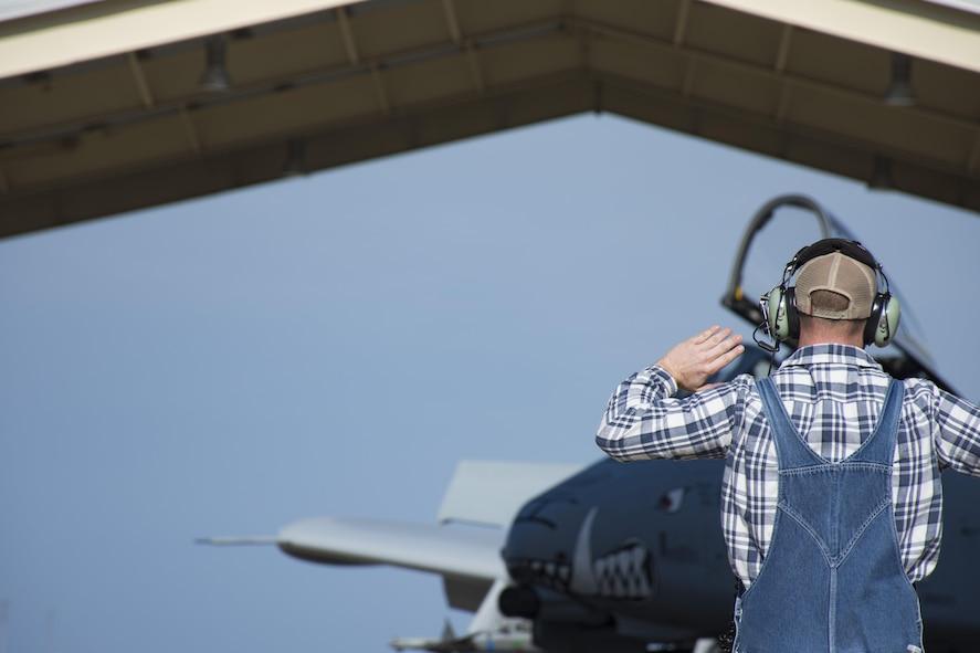 Maj. Gen. Ronald 'Bruce' Miller clocks 3,000 hours in A-10