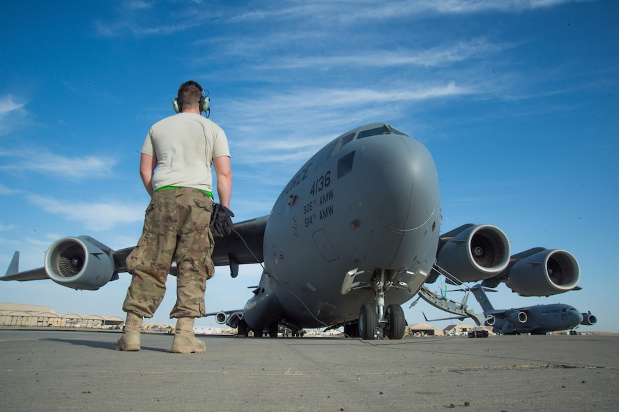 The 5th EAMS is responsible for the aerial port of debarkation and maintains staged C-17 aircraft, as well as providing en route maintenance and support for transient C-17 and C-5 aircraft flying in and out of Iraq, Afghanistan and Southwest Asia.