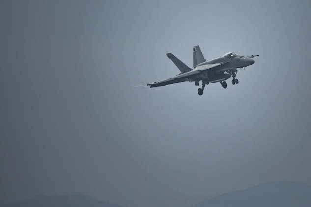 Initial Japan-Based CVW-5 Jet Squadrons Fly-in to MCAS Iwakuni