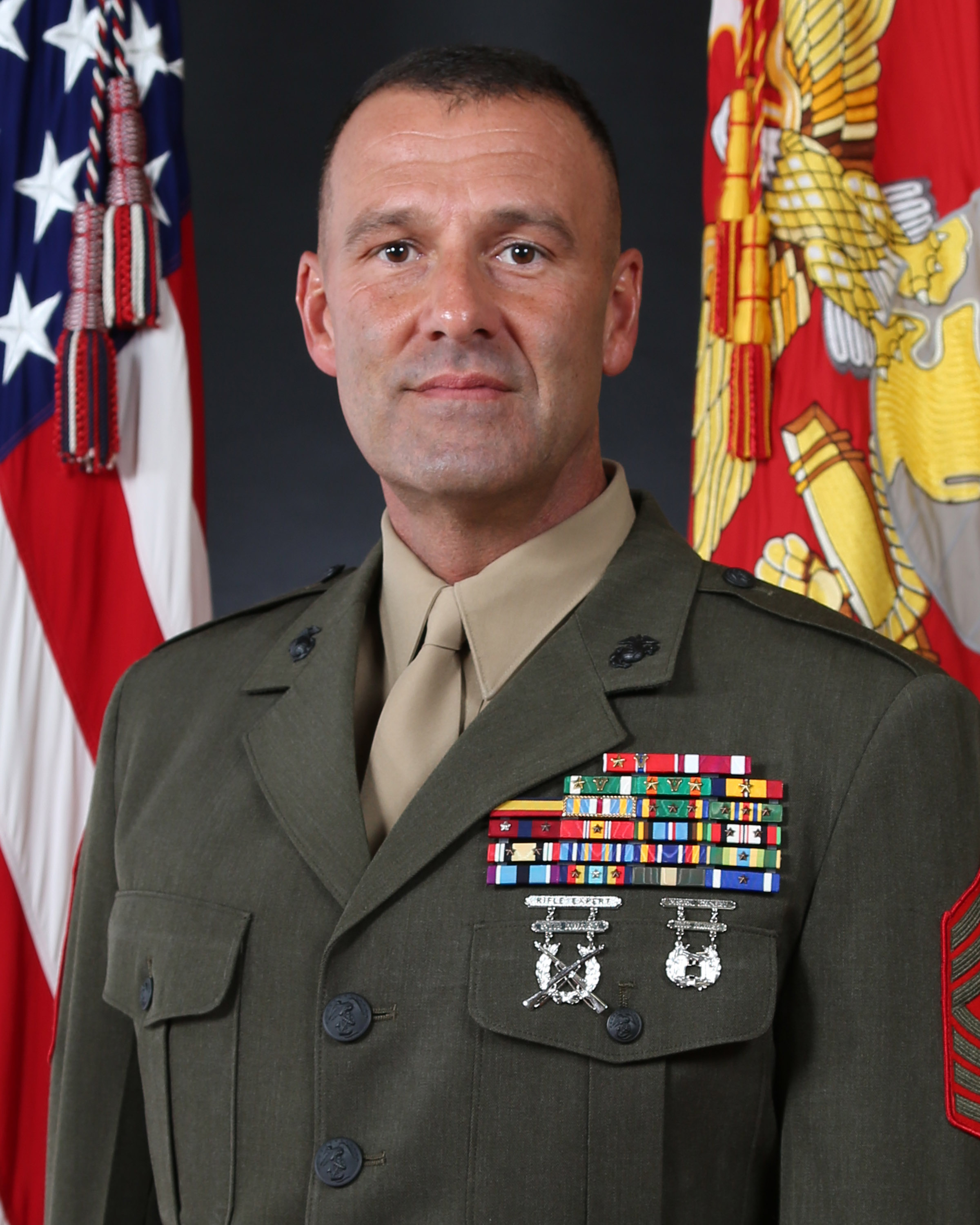 Sergeant major michael p woods 2nd marine division for Div p