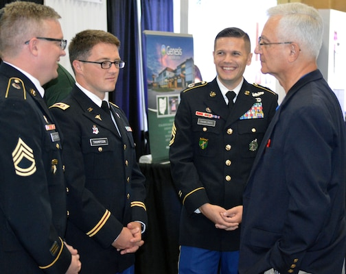 Army Recruiting Teamwork On Display At Major Medical