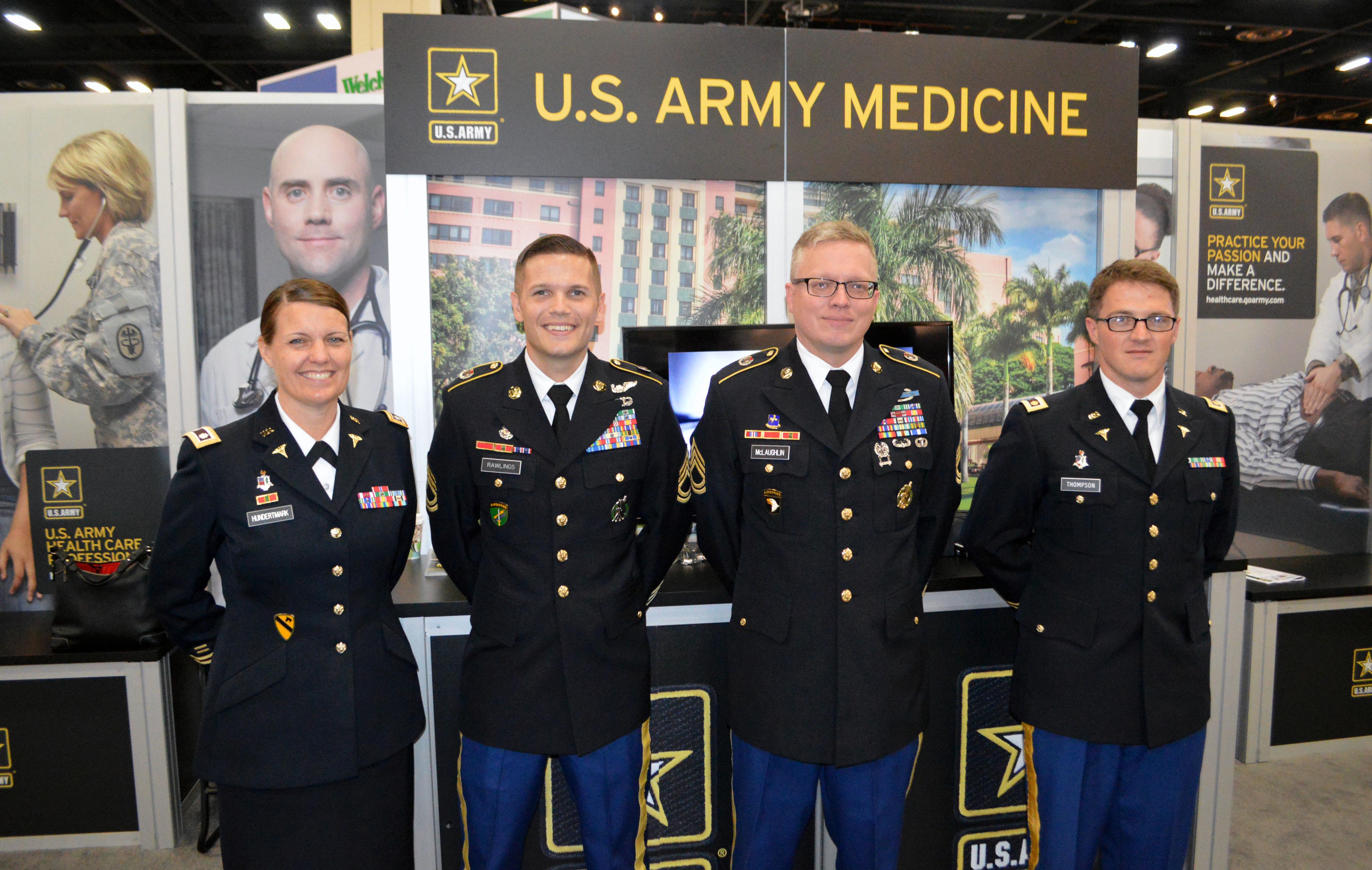 Army Recruiting Teamwork On Display At Major Medical