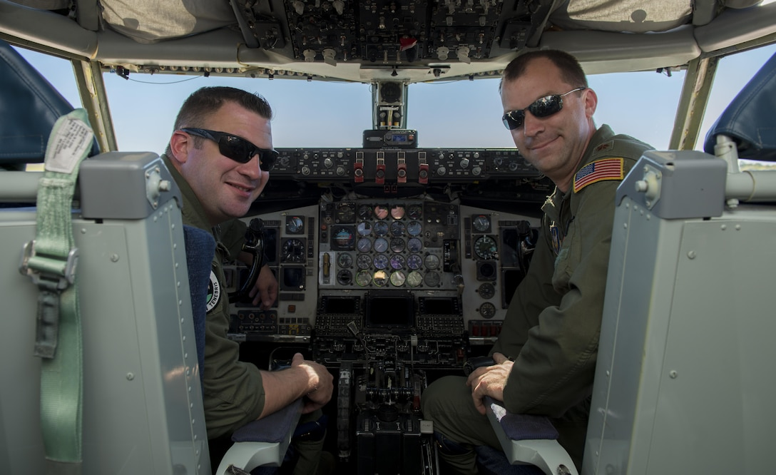 First of 914th ARW pilots earn KC-135 certification