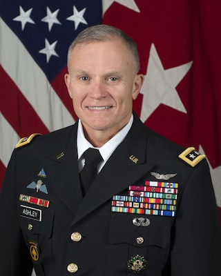 LTG Robert P. Ashley, Jr. USA, Director DIA, poses for his official portrait in the Army portrait studio at the Pentagon in Arlington, Virginia, Mar. 18, 2016.  (U.S. Army photo by Monica King/Released)