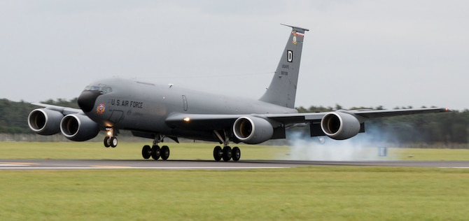 A U.S. Air Force KC-135 Stratotanker, assigned to the 100th Air Refueling Wing, landed Oct. 3, 2017, on RAF Mildenhall, England. Two KC-135s and their crews returned to RAF Mildenhall following a deployment to Naval Station Rota, Spain, where they flew in support of Operation Juniper Micron. The U.S. Air Force has been deploying Spain and France in support of operations in Mali and North Africa since 2013. (U.S. Air Force photo by Senior Airman Justine Rho)