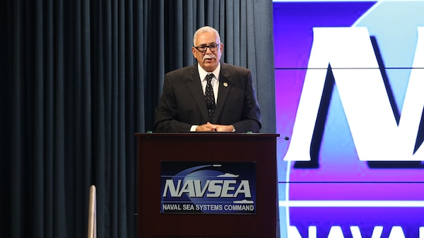 Image: Tony TorresRamos, Director of the Office of Civilian Human Resources (OCHR) speaking to NAVSEA employees.