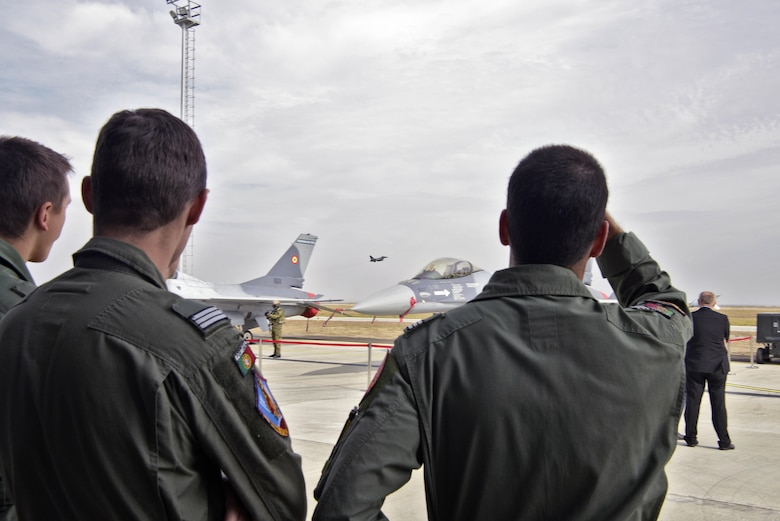 Romania receives final three F-16s from Portugal