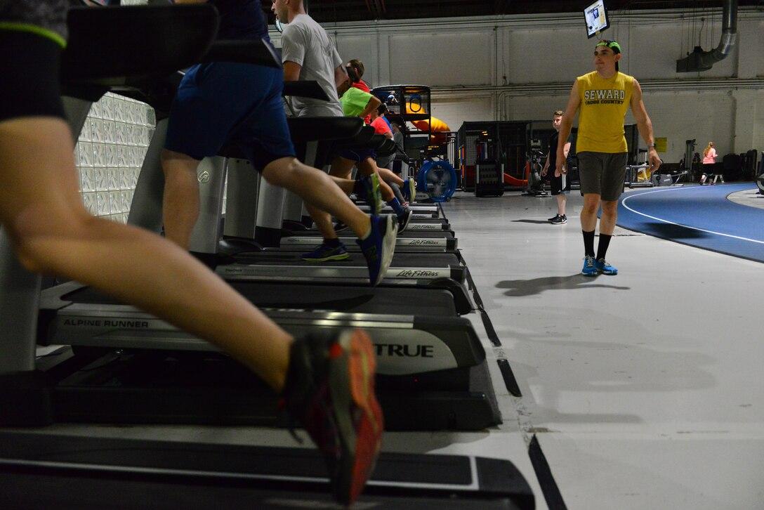 Members of the Run Clinic sprint on the treadmills at the Offutt Field House at Offutt Air Force Base, Nebraska Sept. 29, 2017.