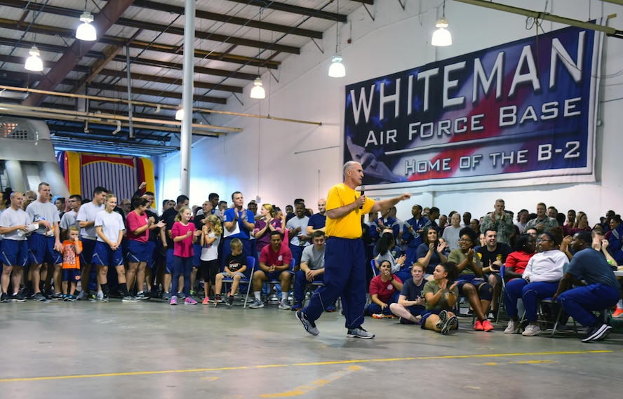 U.S. Air Force Col. Mark Ely, the 509th Bomb Wing vice commander, speaks during the culmination ceremony for the 2017 Comprehensive Airman Fitness Day at Whiteman Air Force Base, Mo., Oct. 6, 2017.