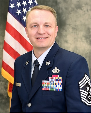 Chief Master Sgt. James W. Loper is the Tenth Air Force Command Chief Master Sgt. . He advises the 10th Air Force Commander on all matters concerning the health, morale, welfare and effective management of more than 20,000 Reserve members at 30 locations.