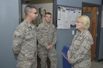 Maj. Gen. Johnson visits Niagara ARS