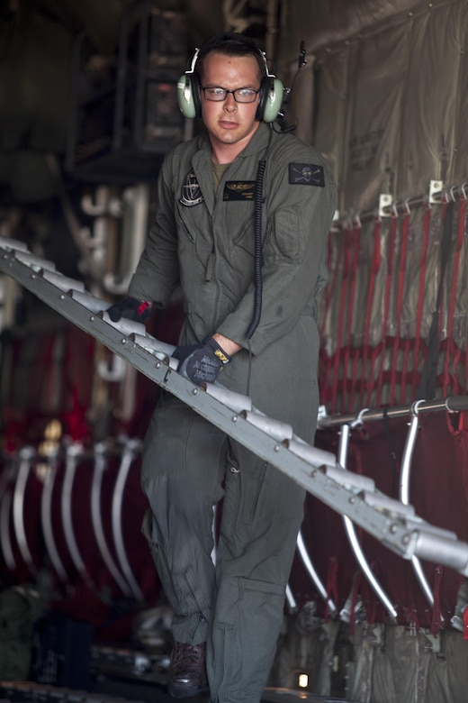 VMGR-352 returns from Hurricane Maria relief