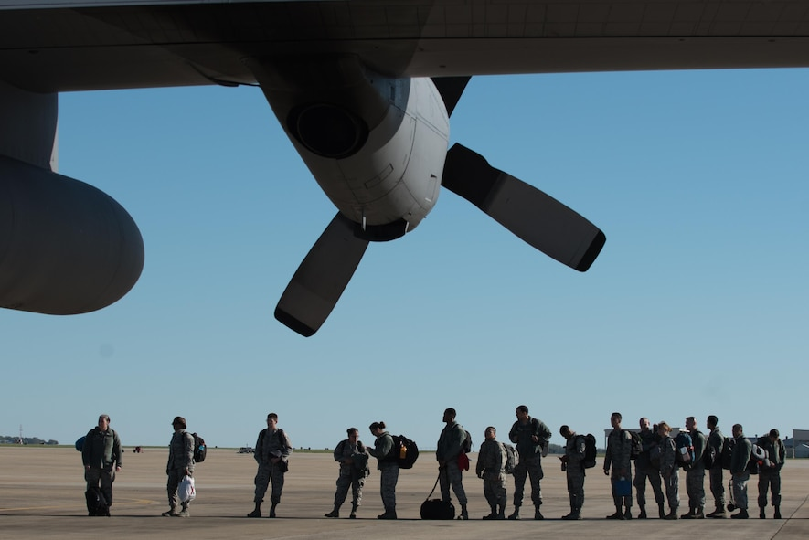U.S. Air Force Airmen assigned to the 633rd Medical Group deploy from Joint Base Langley-Eustis, Va., Oct. 18, 2017.