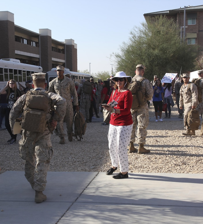 Families and Marines search for each other during the 1st Battalion, 7th Marine Regiment homecoming at barracks 1403 and 1404 aboard the Marine Corps Air Ground Combat Center, Twentynine Palms, Calif., Oct. 13, 2017. The Marines had not seen their families for more than six months since being deployed and for some Marines this was the first time they held their children.