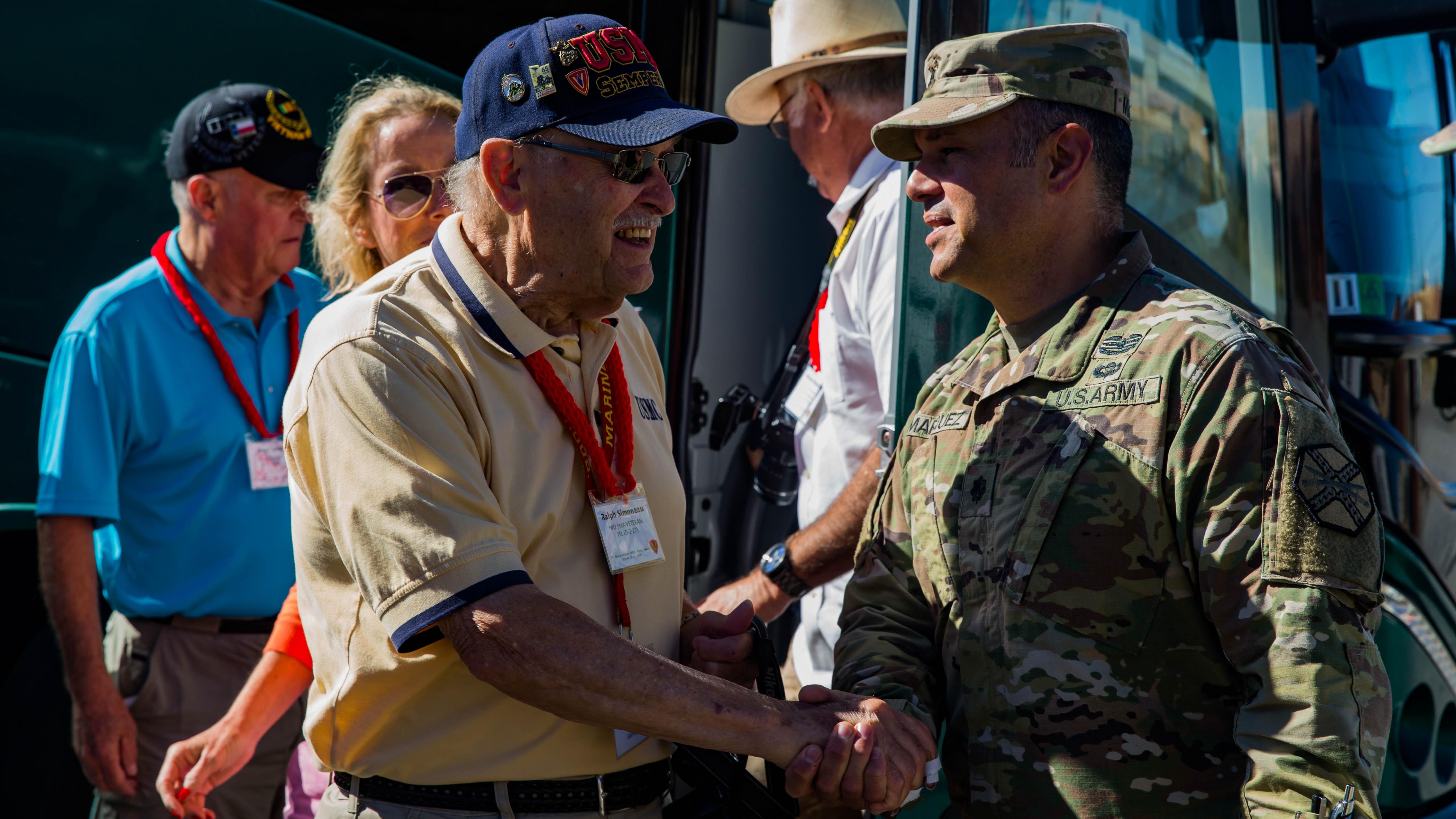 cb069e24b2b510 5th Marine Division veterans visit the Pohakuloa Training Area   The ...