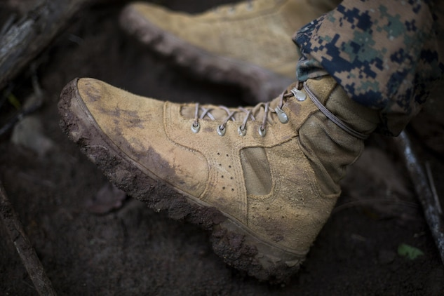 Corps reaches final stages of tropical boots, uniform testing