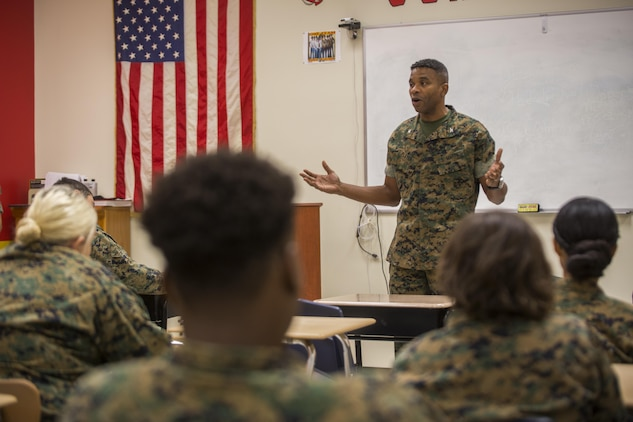 Col. Ricardo Player, the chief of staff of Force Headquarters Group, Marine Forces Reserve, discusses the dangers of drug use to Junior ROTC cadets during Red Ribbon Week, at New Orleans Military and Maritime Academy in New Orleans, Oct. 23, 2017.