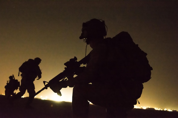 EOD technicians conduct night counter-IED training