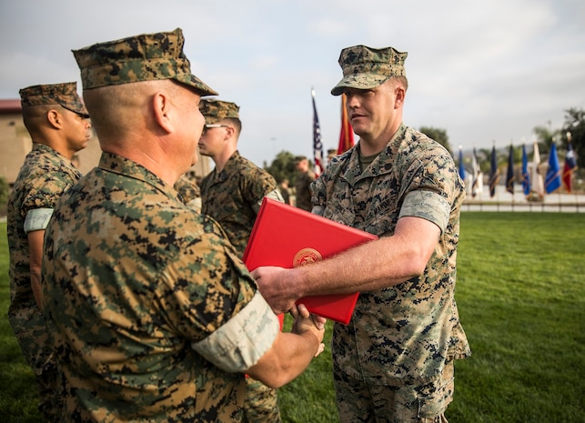 1st MLG Marines and Sailors Receive Quarterly Awards