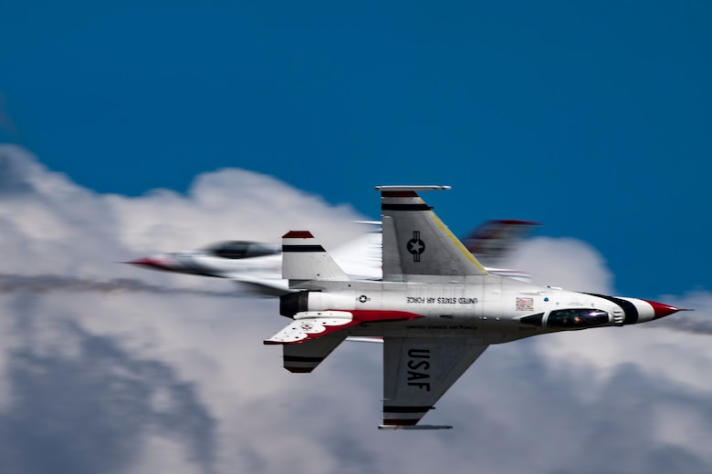 The U.S. Air Force Thunderbirds Flight Demonstration Team soars above Moody Air Force Base during the Thunder Over South Georgia Air Show, Oct. 28, 2017. The Thunderbirds performed twists, turns and rolls at high speeds demonstrating the prowess and capabilities of the F-16 Fighting Falcon. (U.S. Air Force photo by Senior Airman Daniel Snider)