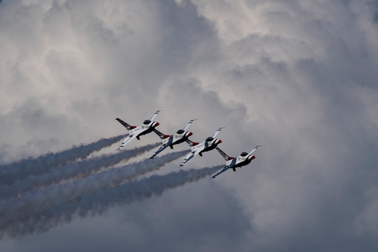 The U.S. Air Force Thunderbirds Flight Demonstration Team soars above Moody Air Force Base during the Thunder Over South Georgia Air Show, Oct. 28, 2017. The Thunderbirds performed twists, turns and rolls at high speeds demonstrating the prowess and capabilities of the F-16 Fighting Falcon. (U.S. Air Force photo by Senior Airman Daniel Snider