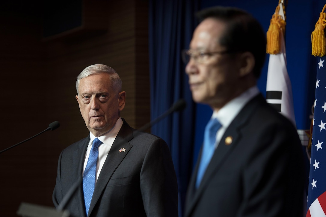 U.S. and South Korean defense leaders hold a news conference.