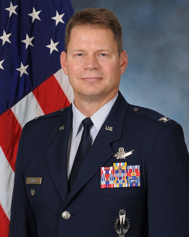 Official photo of 341st Missile Wing Vice Commander Col. Peter Bonetti. Bonetti arrived July 2017. (U.S. Air Force photo)
