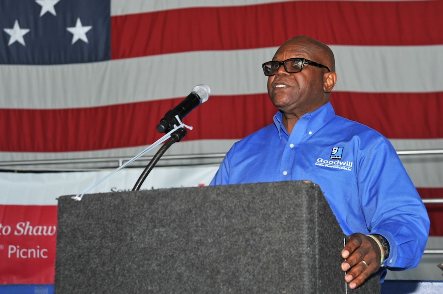 Anthony Green, Navy veteran and guest speaker, speaks to attendees at the 18th Annual AbilityOne Picnic at Shaw Air Force Base, South Carolina, Oct. 27, 2017.