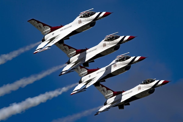 The Air Force Thunderbirds F-16 flight demonstration team perform during the Thunder Over South Georgia air show at Moody Air Force Base, Ga., Oct. 28, 2017. Air Force photo by Senior Airman Daniel Snider
