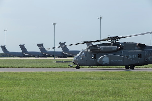 A MH-53E Sea Dragon with Helicopter Mine Countermeasures Squadron for Hurricane Harvey relief missions