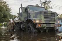 14th Marines and MWSS-473 transport supplies to Hurricane relief efforts