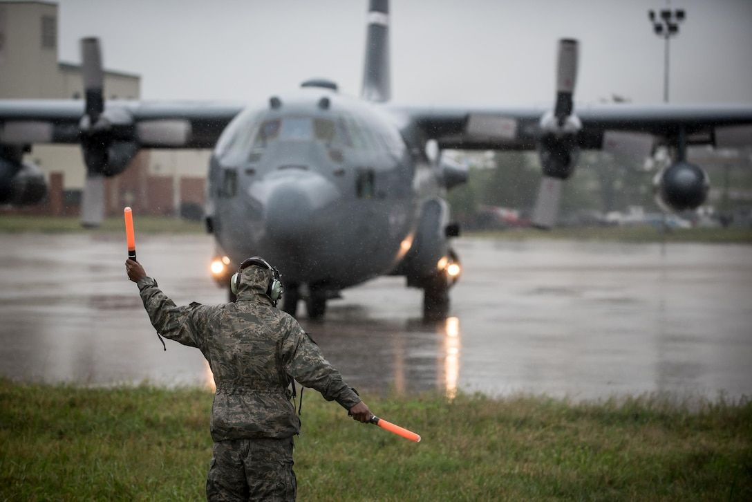 Kentucky Air Guard deploys aircraft, airmen for evacuation missions in Texas following Hurricane Harvey
