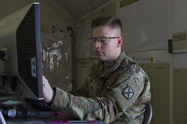 Soldiers participate in warfighter exercise