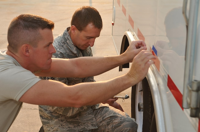 UTANG Airmen support Hurricane Irma relief efforts