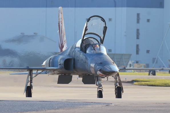 An F-5 taxis on the flightline at Dobbins Air Reserve Base, Ga. Sept. 6, 2017. The aircraft arrived from Key West Naval Air Station, Fla. to avoid being in the path of Hurricane Irma. (U.S. Air Force photo/Don Peek)